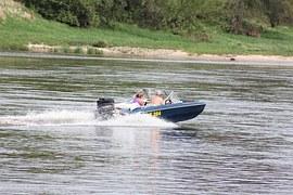 motor-boat-453573__180