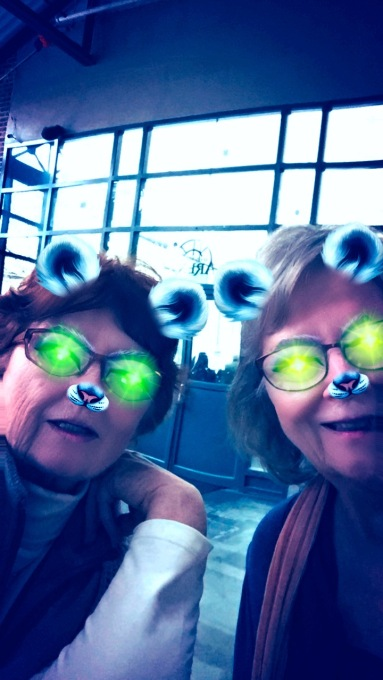 sisters-on-snapchat
