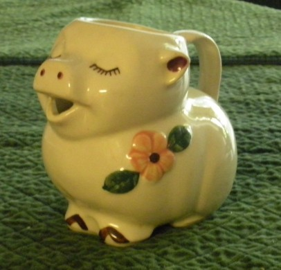 Piggy Pitcher 1940s